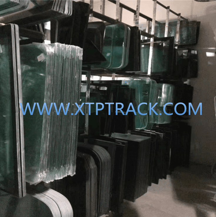 KOBELCO EXCAVATOR glass supplier SK200-8 Super SK200-6 CAB